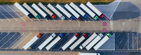 trabajadores,logistica,fomento,trabajadores preparados,automatizar almacenes,vehiculos de transporte
